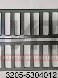 Решетка радиатора мал. (пластик) 3205-5304012-01